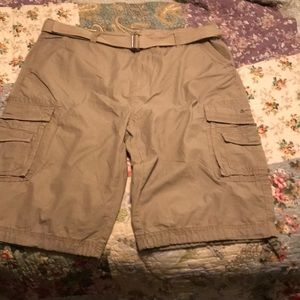 Men's cargo shorts. New with tags